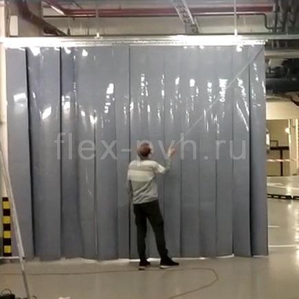 Серые завесы ПВХ на подземной парковке